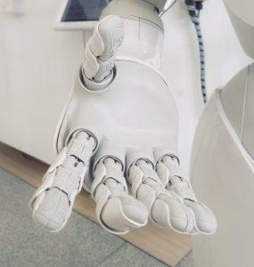 Sztuczna inteligencja a kryzys na rynku pracy